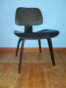 Mid Century Early Herman Miller Black Dcw Chair 5 2 4 Pattern 2 Of 2