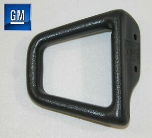 93 02 Camaro Firebird Passenger Side Graphite Gray Solid Seat Belt Guide New Gm