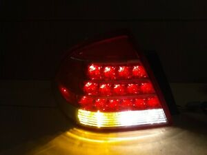 2005 2006 2007 Mercury Montego Driver s Side Left Hand Rear Tail Light Assembly