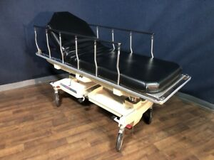 Hausted 800 Series Pacu Gurney stretcher