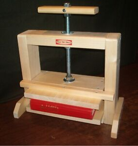 Colonial Style Bookbinding Press new