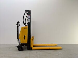 Hoc Ems1520 Semi Electric Pallet Stacker 1500 Kg 3307 Lbs 78 Inch Capacity