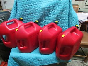 Blitz 5 Gallon Gas Can Vented With Yellow Cap Four Each