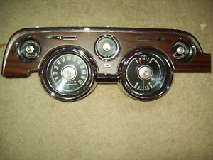 1967 1968 Ford Mustang Instrument Cluster Gauges Speedometer Wood Grain Pony