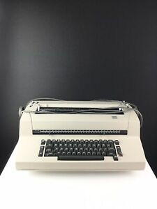 Ibm Correcting Selectric Ii Electric Typewriter Needs Serviced Or Four Parts
