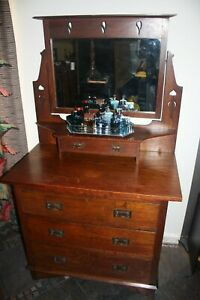 Arts And Crafts Oak Vanity Dresser W Hearts Flowers
