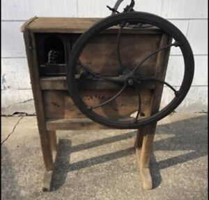 Antique Eagle Corn Sheller Great Shape Working Condition See Photos 24 Wheel