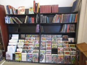 Custom Store Book magazine comics Display Shelves