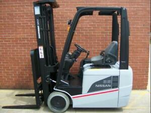 Reconditioned 2015 Nissan Tx35 Three Wheel Electric Powered Fork Lift