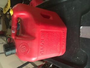 Vintage Blitz 2 Gallon 8 Oz Vented Red Gas Can