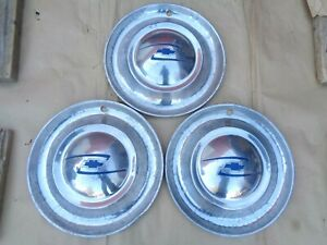 1948 1949 Chevy Full Wheel Covers Hub Caps Original Gm 15 Inch Lyon Bow Tie