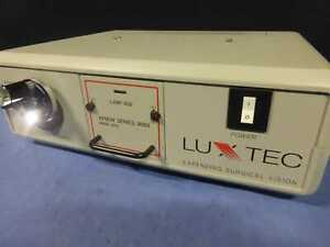 Luxtec 9300 Xenon Surgical Light Source