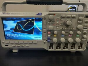 Tektronix Dpo2004b Mixed signal Oscilloscope 4 Channel 70 Mhz 1gs s Fully Tested