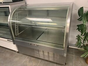 Beverage Air Rounded Glass Cake Pastry Refrigerated Case model Cdr4 1 b 120v