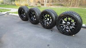 22 Fuel Rims And Toyo Tires For Ram 2500