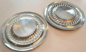 1959 1960 Ford Thunderbird Galaxie Fairlane Hubcaps Set Of 2 14 Wheel Covers