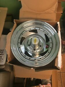 Chevrolet 15 Rim Set Of 4 15 X 7 Chrome Rims 6 5x120 65 83 82
