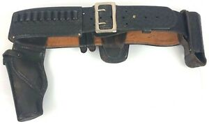 Leather Police Duty Belt With Gun Holster Approximate 44 In Length