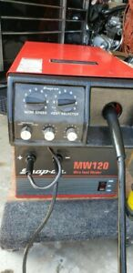 Snap on Model Mw 120 Mig Welder And Carbon Dioxide argon Tank