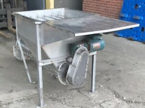 Feed Hopper Complete With Auger screw Conveyor On Legs