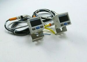 Lot Of 2 Smc Zse30a 01 b Vacuum Switch 12 24vdc W Cable