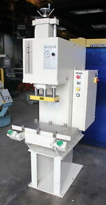 10 Ton X 30 X 11 Greenerd Hpb 10 Hydraulic C Frame Press