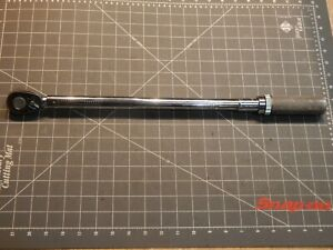 Snap On Tools 1 2 Drive Torque Wrench 30 200 Lb Ft Qjr3200c Dr Ratchet