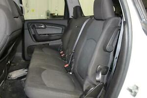 2010 Chevy Traverse Middle Bench rear Seat 2nd Second Row Black Cloth Oem