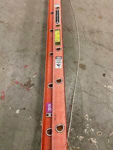 Louisville 28 Ft Fiberglass Extension Ladder 300 Lb Load Capacity