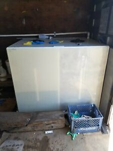 200 200 Gallon Supply And Waste Water Tank