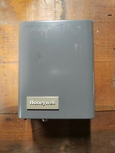 Honeywell Electronic Thermostat r8146a