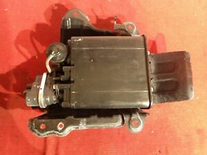 Toyota Rav4 Evap Container Charcoal Canister Gas Fuel Vapor Tank 06 2012