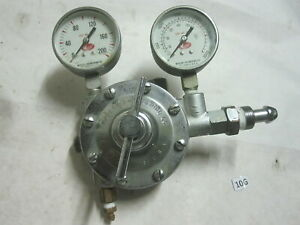 Meco Type Or 0r Dual Stage Oxygen Regulator With Gauges 3000psi