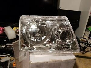 1998 2000 Ford Ranger Right Passenger Side Projector Headlight 403619hl Fr 5021a