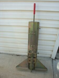 Gently Used 10 time Saver Steel Aluminum Vinyl Siding Cutter