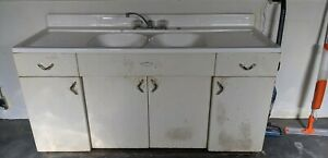 Youngstown Kitchens By Mullins Vintage Metal Cabinets And Sink