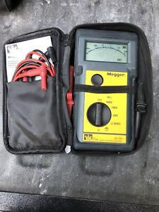Ideal Megger Insulation Continuity Tester 600 Volt Meter Model 61 791 Nice