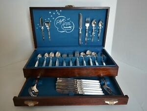 Oneida Community Plate Silverware Silverplate 81 Piece Set Twilight With Chest