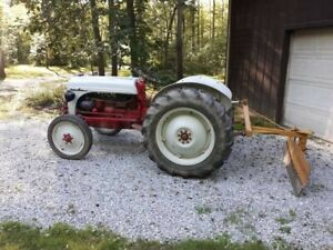 1952 Ford 8n Tractor Collectable