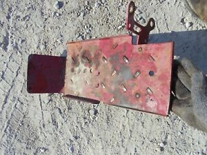 International Farmall 340 Utility Tractor Ih Right Step Foot Bracket
