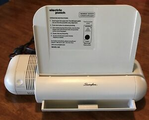 Swingline 525 3 hole 20 page Electric Hole Punch