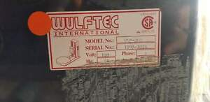Wulftec Stretch Wrapping Machine