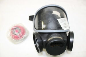 Msa m2c2 Full Face Respirator Smoke Gas Mask Size U Includes Canister Filter