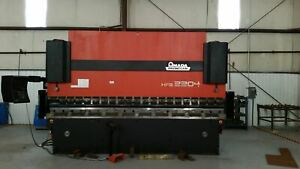 242 Ton X 13 Amada Hfb 2204 Cnc Press Brake 1999 8 Axis