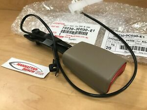 00 04 Tundra Front Driver Seat Belt Buckle 73230 0c030 e1 Tan