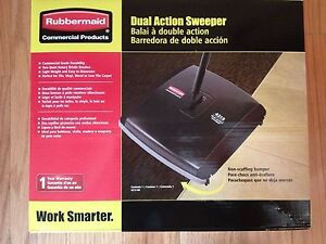 Lot Of 2 Rubbermaid 4213 88 Fg421388bl Dual Action Floor Sweepers Damaged Boxes