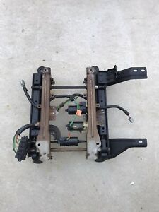 2002 2005 Dodge Ram 1500 2500 3500 Front Right Power Seat Track Oem