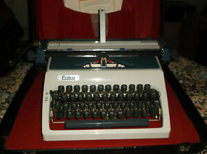 Vintage Erica Manual Portable Typewriter With Carrying Case 1970s Mint Conditio