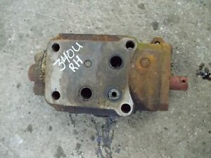 International Farmall 340 Utility Ih Tractor Hydraulic Control Valve Right Block