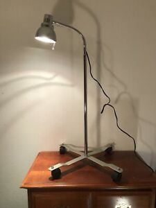 Grafco Halogen Surgical Emergency Hospital Exam Lamp With Mobile Base